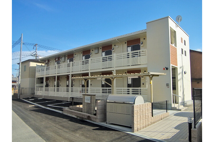 1R Apartment to Rent in Toyonaka-shi Exterior