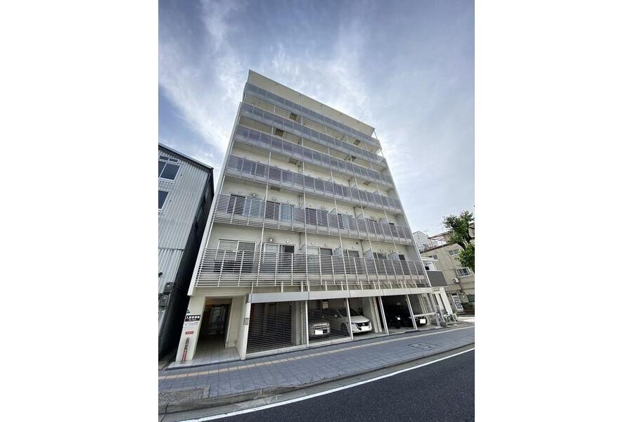 1R Apartment to Rent in Osaka-shi Minato-ku Exterior
