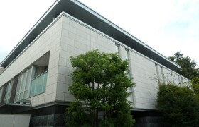1LDK {building type} in Minamiaoyama - Minato-ku