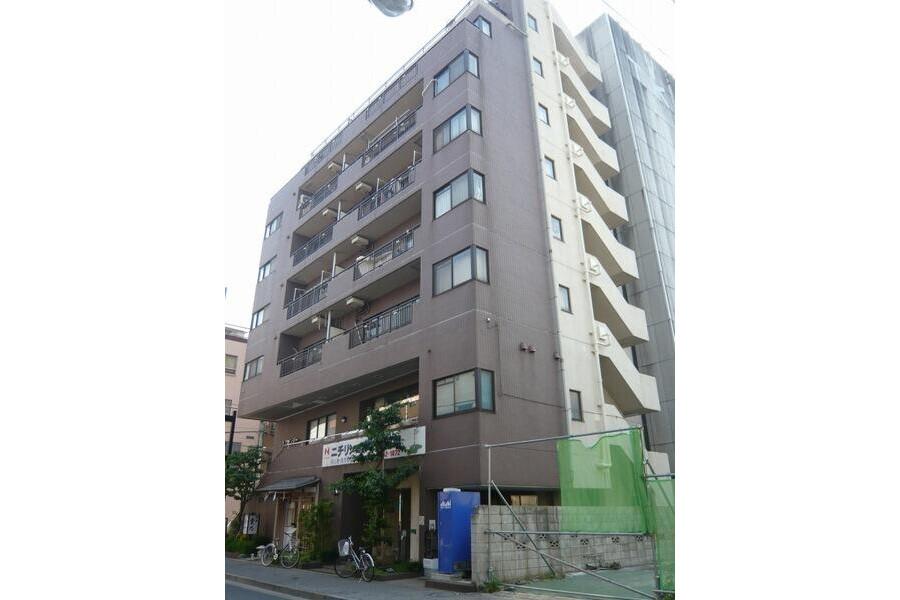 2LDK Apartment to Rent in Taito-ku Exterior