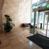 2LDK Apartment to Rent in Minato-ku Lobby