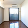 1K Apartment to Rent in Yokohama-shi Nishi-ku Room