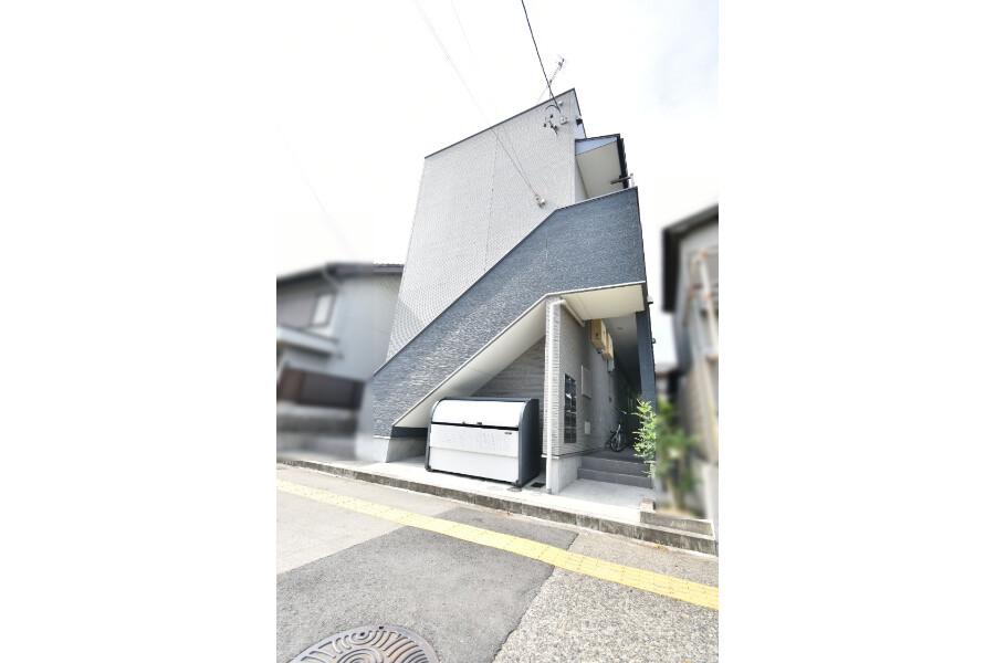 在名古屋市港区购买整栋 公寓的 户外