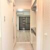 1K Apartment to Rent in Yokohama-shi Naka-ku Entrance