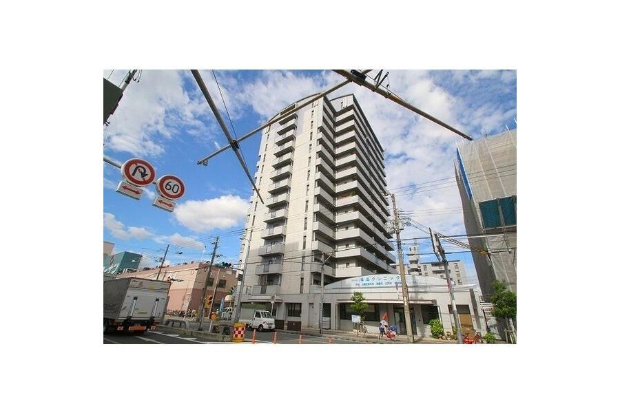 3LDK Apartment to Rent in Osaka-shi Joto-ku Exterior