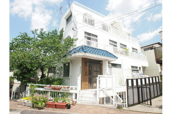 2DK 맨션 to Rent in Toshima-ku Exterior