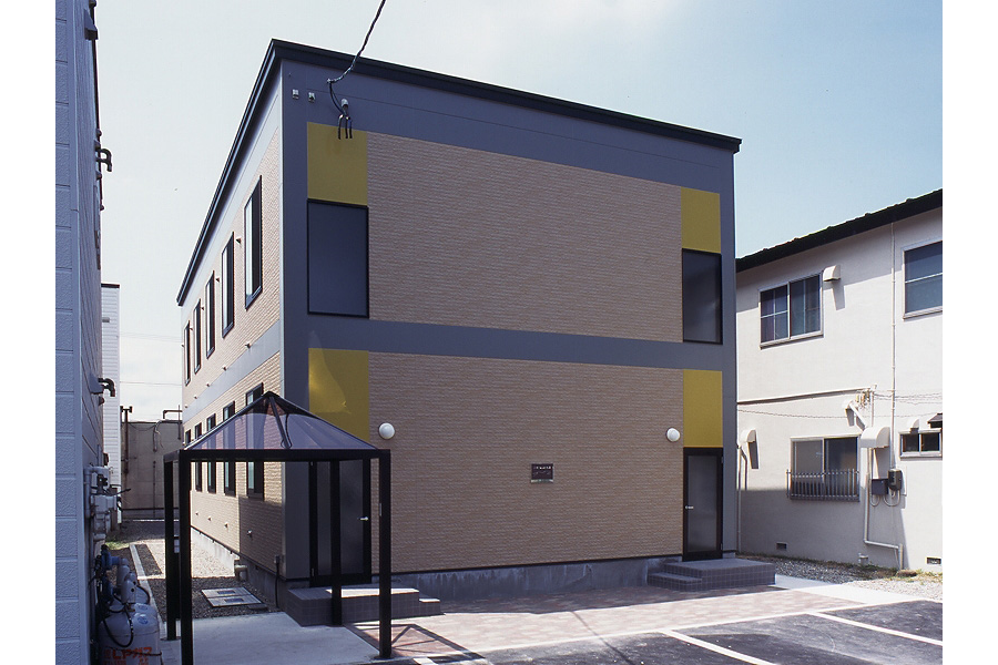 1K Apartment to Rent in Hakodate-shi Exterior