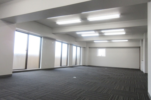 1R Apartment to Buy in Chiyoda-ku Room