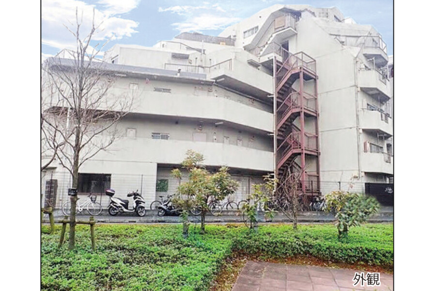 1DK Apartment to Buy in Nerima-ku Exterior