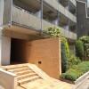 1R Apartment to Rent in Shinjuku-ku Building Entrance