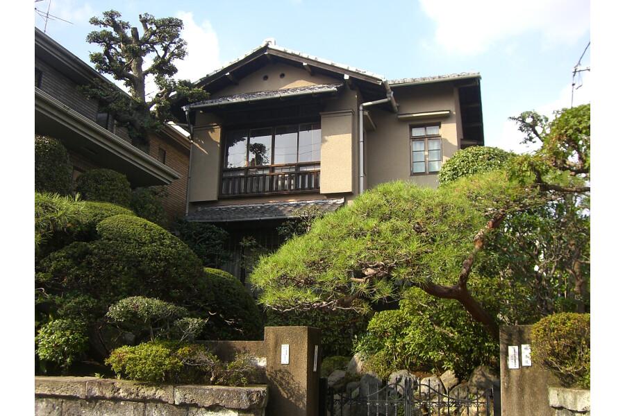 Shared Guesthouse to Rent in Setagaya-ku Exterior