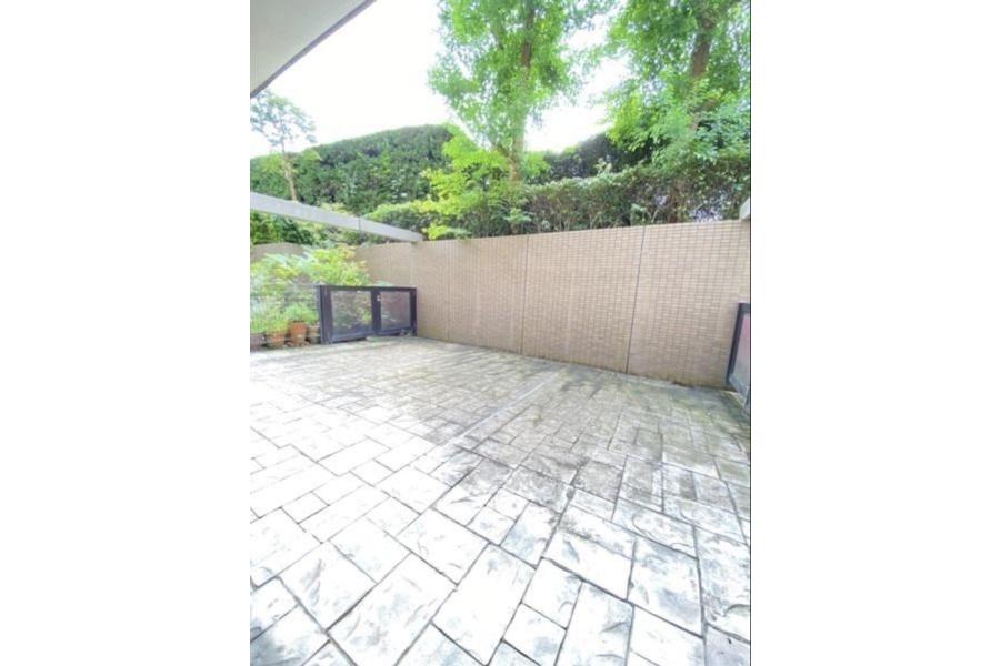 4LDK Apartment to Buy in Setagaya-ku Outside Space