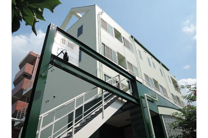 1R Apartment to Rent in Itabashi-ku Exterior