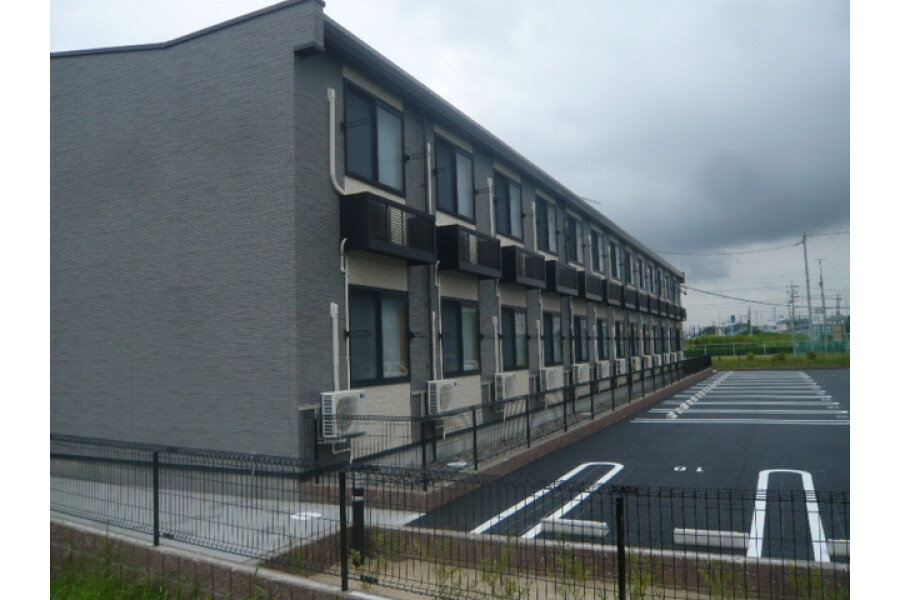 1K Apartment to Rent in Tokoname-shi Exterior
