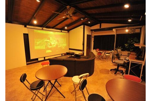 Shared Guesthouse to Rent in Amagasaki-shi Living Room