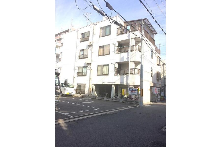 1R Apartment to Rent in Higashiosaka-shi Exterior