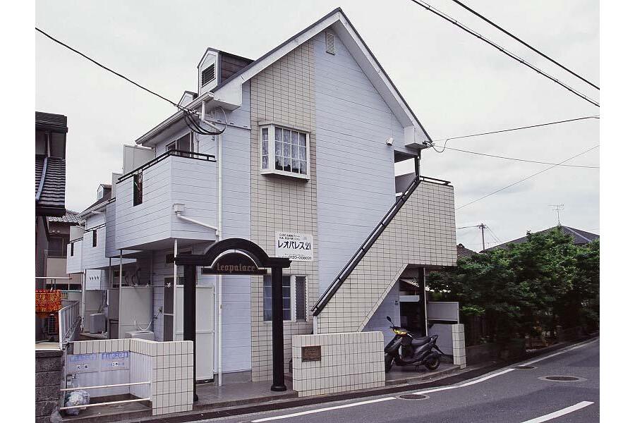1K Apartment to Rent in Fukuoka-shi Hakata-ku Exterior