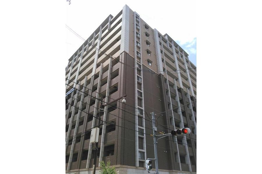 2LDK Apartment to Rent in Osaka-shi Chuo-ku Exterior