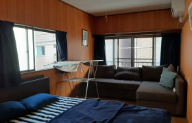 2K {building type} in Motoazabu - Minato-ku