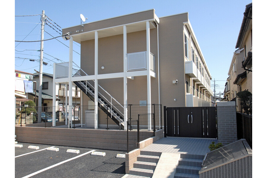 1K Apartment to Rent in Nagareyama-shi Exterior