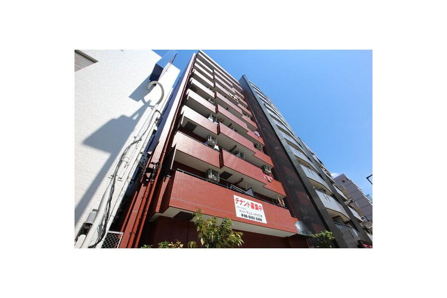 2LDK Apartment to Rent in Osaka-shi Naniwa-ku Exterior
