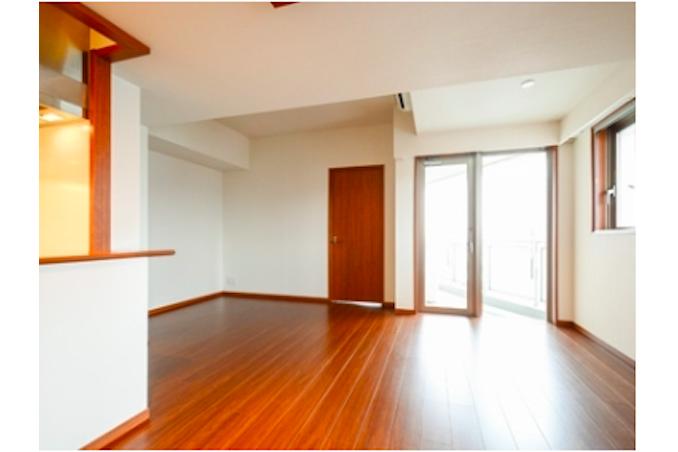 3LDK Apartment to Rent in Shinjuku-ku Living Room