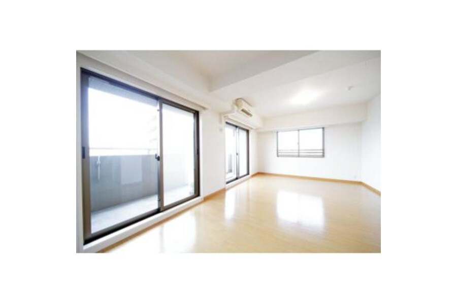 3LDK Apartment to Rent in Shinagawa-ku Living Room