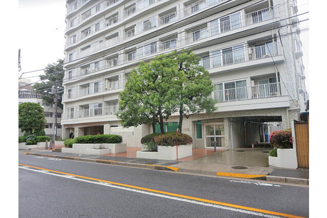 Shop Apartment to Buy in Musashino-shi Exterior