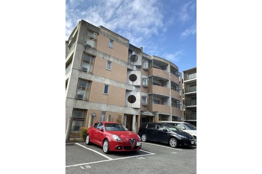 1LDK Apartment to Rent in Hirakata-shi Exterior
