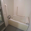 2LDK Apartment to Rent in Shibuya-ku Bathroom