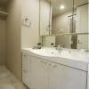 在横浜市西区购买3LDK 公寓大厦的 盥洗室