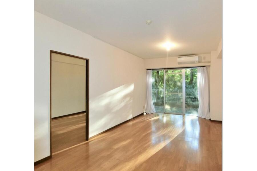4LDK Apartment to Rent in Setagaya-ku Interior