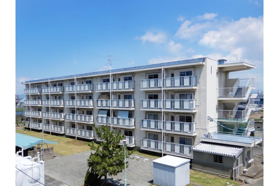 2K Apartment to Rent in Hamamatsu-shi Nishi-ku Exterior