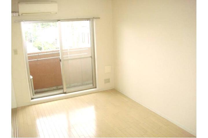 1LDK Apartment to Buy in Setagaya-ku Living Room