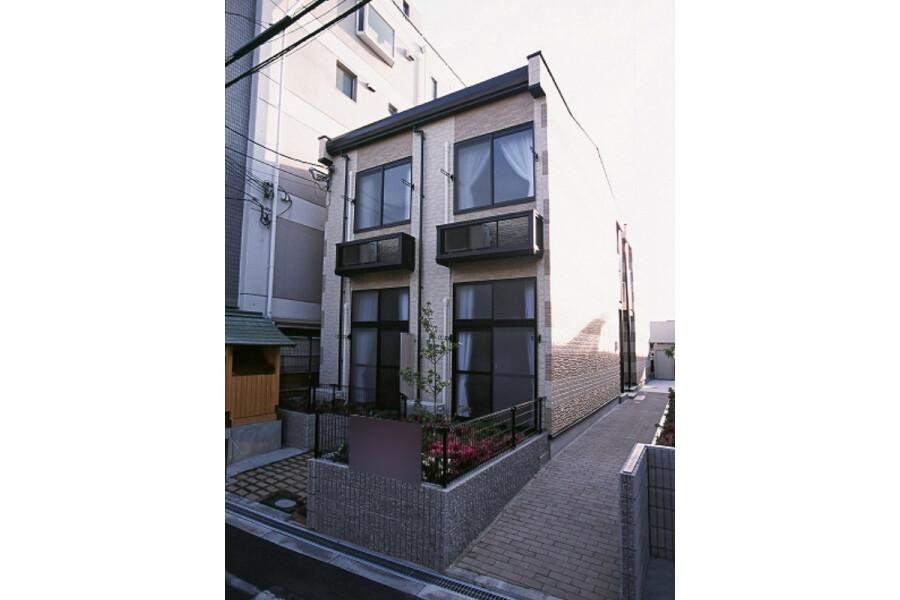 1K Apartment to Rent in Osaka-shi Ikuno-ku Exterior