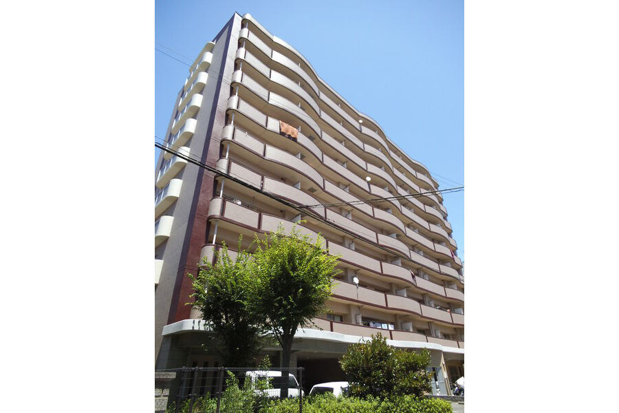 3LDK Apartment to Rent in Osaka-shi Ikuno-ku Exterior