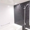 3LDK Apartment to Rent in Minato-ku Bathroom