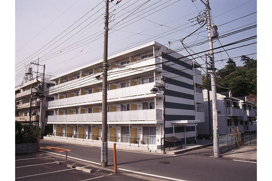 1K Apartment to Rent in Yokohama-shi Kohoku-ku Exterior