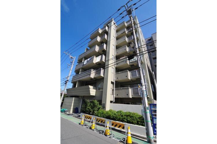 2DK Apartment to Rent in Koto-ku Exterior