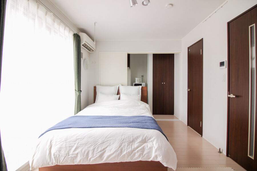 在新宿區內租賃1K 公寓大廈 的房產 臥室