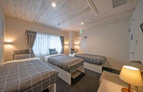 3LDK Mansion in Saiwaicho - Osaka-shi Naniwa-ku