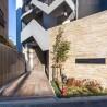 1LDK Apartment to Rent in Suginami-ku Building Entrance