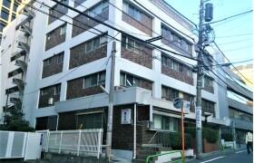 1K {building type} in Akasaka - Minato-ku
