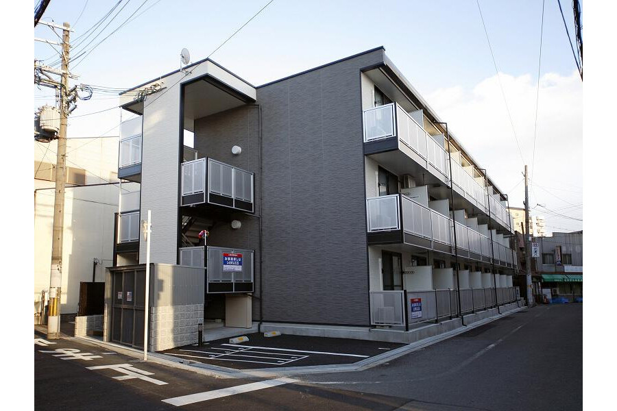 1K Apartment to Rent in Osaka-shi Higashinari-ku Exterior