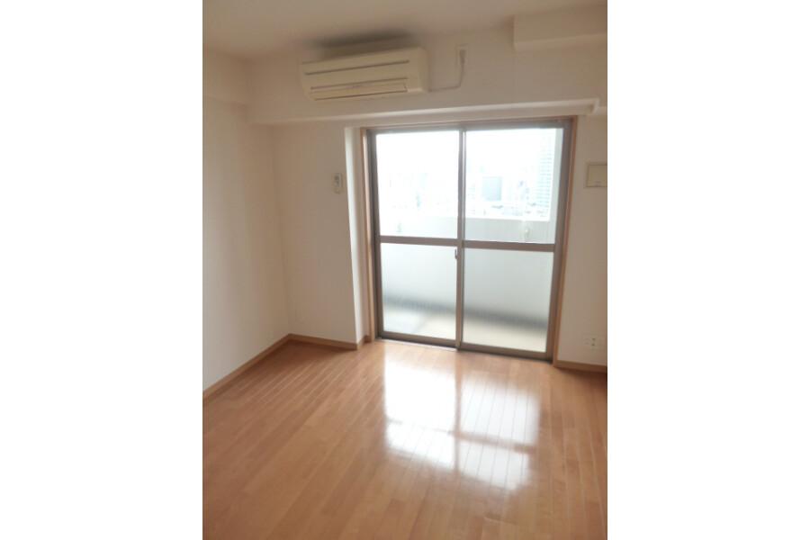 1K Apartment to Rent in Bunkyo-ku Bedroom