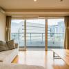 在横浜市西区购买2LDK 公寓大厦的 起居室