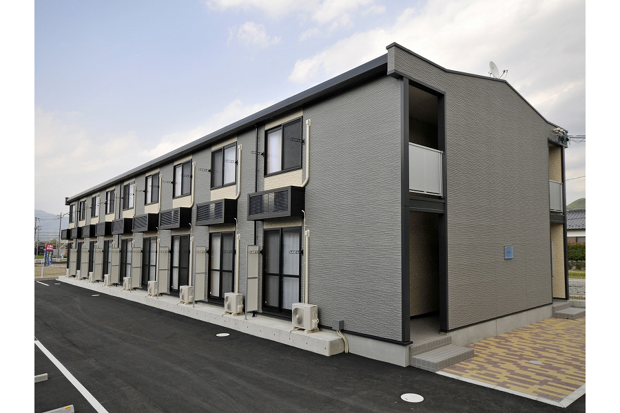 1K Apartment to Rent in Yamaguchi-shi Exterior