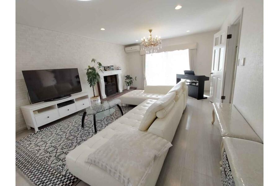 5SLDK House to Buy in Nishinomiya-shi Living Room
