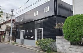 新宿区 舟町 2SLDK アパート