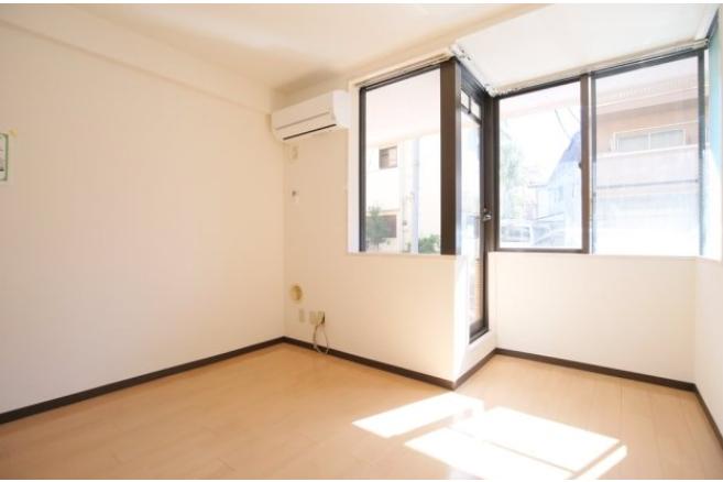 1DK Apartment to Rent in Shinjuku-ku Bedroom